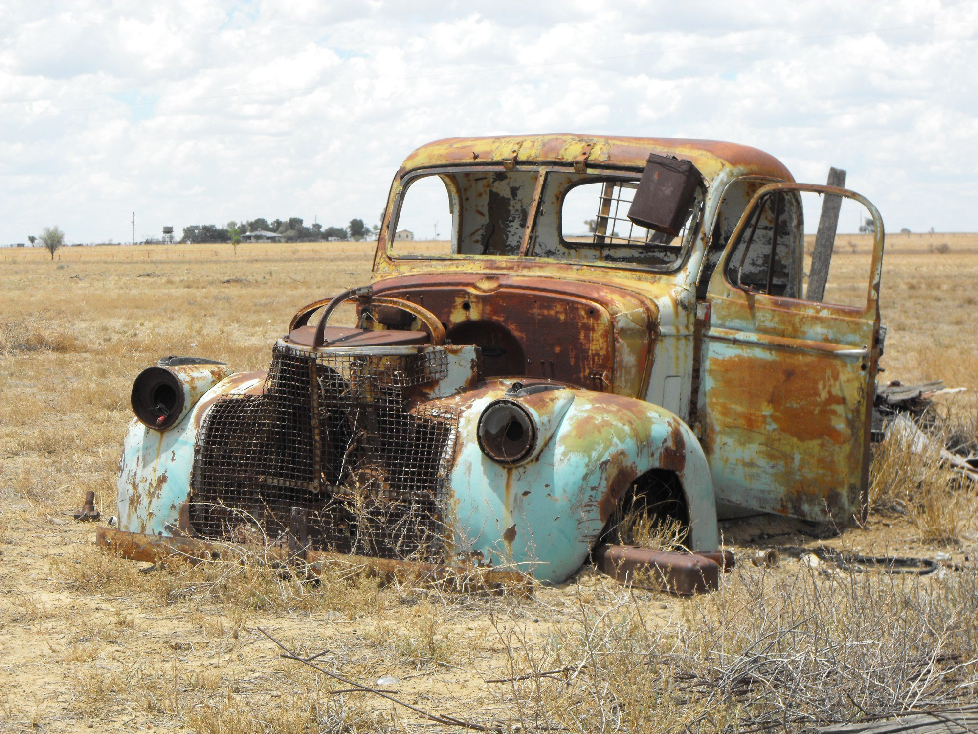 How to Sell a Junk Car: 8 Things to Do Before You Junk Your Car